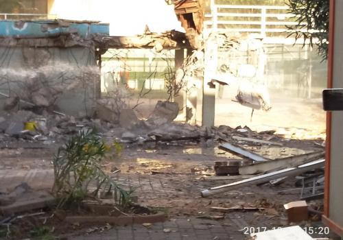 30.10.17 demolizione piscina (1)
