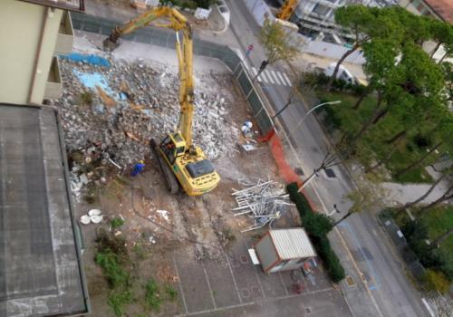 31.10.17 Demolizione piscina (3)