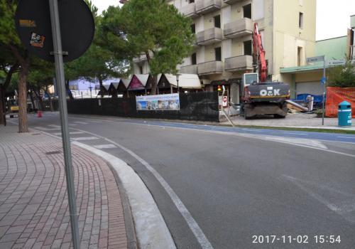 02.11.17 demolizioni hotel (7)