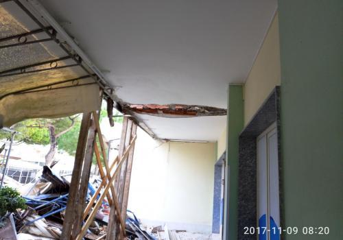 09.11.17 demolizione hotel (1)